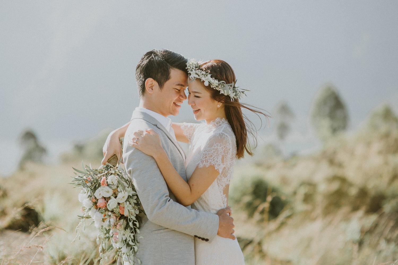 preweddinginbali-bali-batur-ubud-diktatphotography-engagemnet-baliweddingphotographer-weddinginbali-12