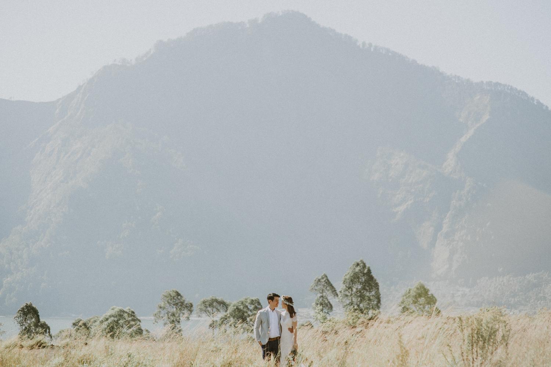 preweddinginbali-bali-batur-ubud-diktatphotography-engagemnet-baliweddingphotographer-weddinginbali-16