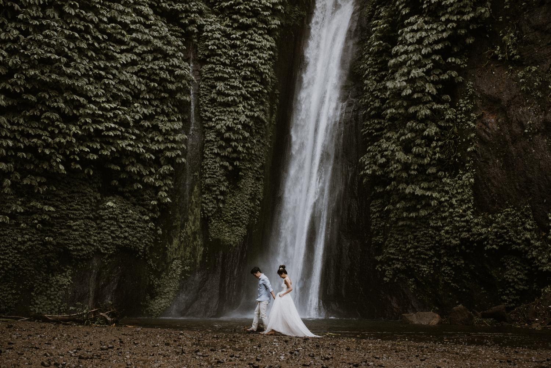 preweddinginbali-bali-batur-ubud-diktatphotography-engagemnet-baliweddingphotographer-weddinginbali-34