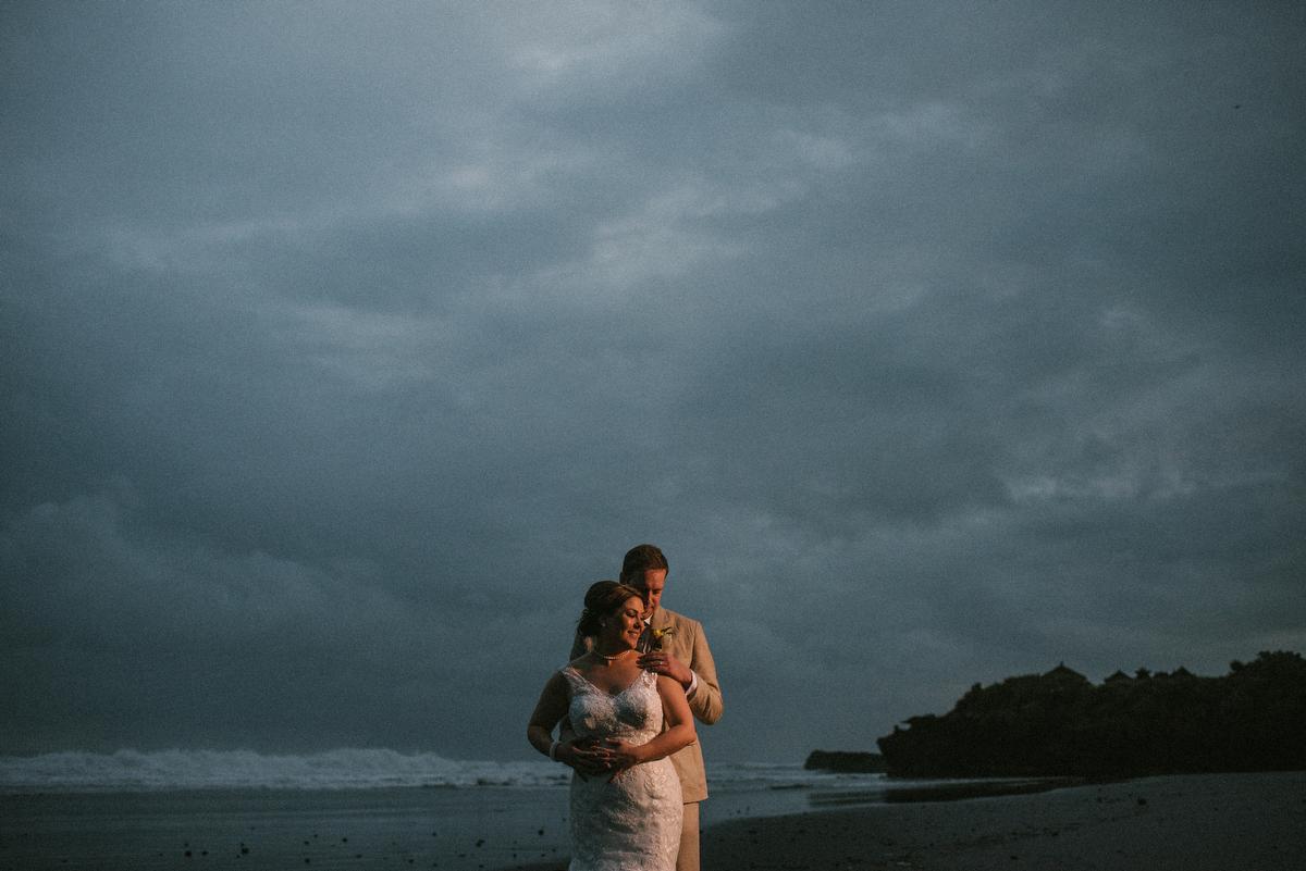 weddinginbali-baliweddingphotographer-alilavillassoori-diktatphotography-baliweddingdestination-70